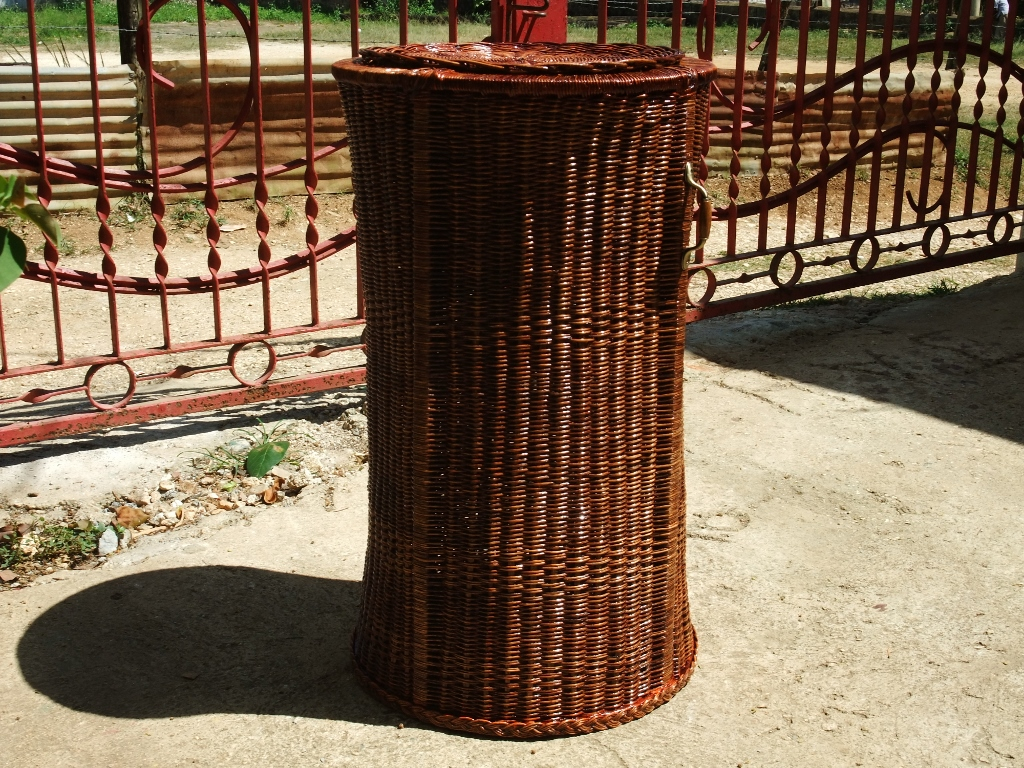 Dscf2120 Square Tall Laundry Hamper With Decorative Design And Lid